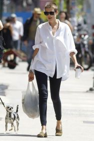 Awesome oversized white shirt outfit style ideas 24
