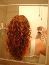 Beautiful curly layered haircut style ideas 57