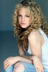 Beautiful curly layered haircut style ideas 88
