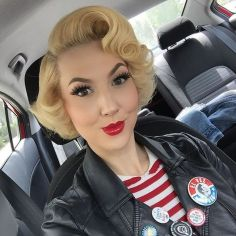 Breathtaking vintage rockabilly hairstyle ideas 26