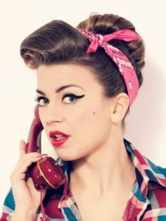 Breathtaking vintage rockabilly hairstyle ideas 63