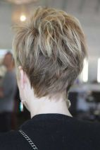 Cool back view undercut pixie haircut hairstyle ideas 34