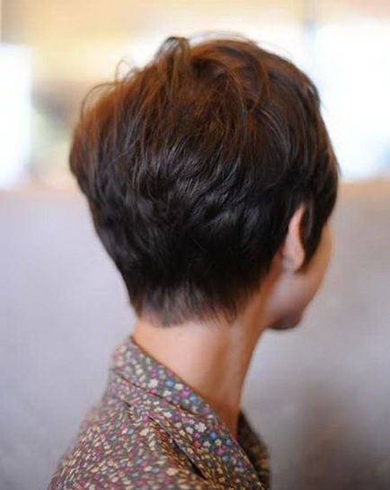 Cool back view undercut pixie haircut hairstyle ideas 36