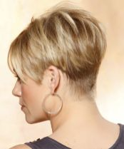 Cool back view undercut pixie haircut hairstyle ideas 58