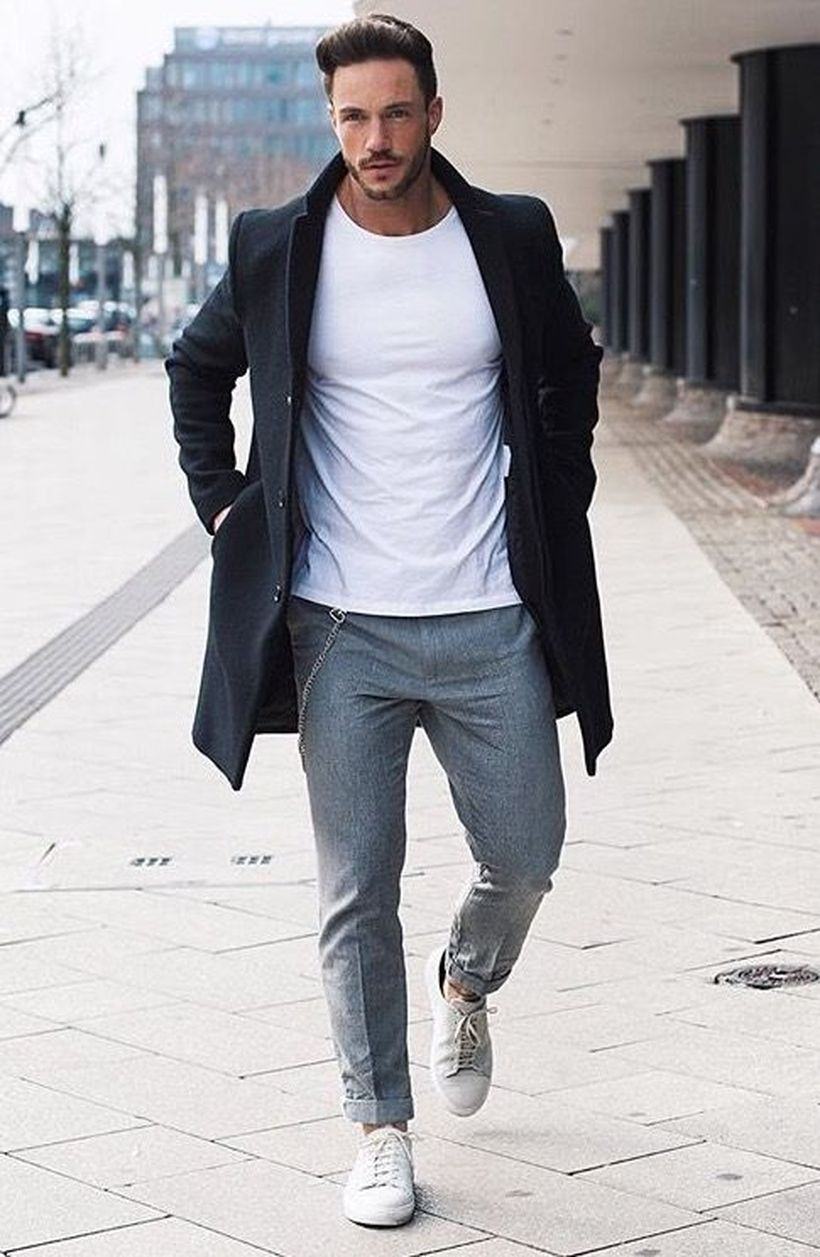 Cool casual men plain t shirt outfits ideas 19