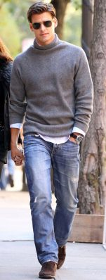 Cool men sweater outfits ideas 11