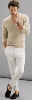 Cool men sweater outfits ideas 33