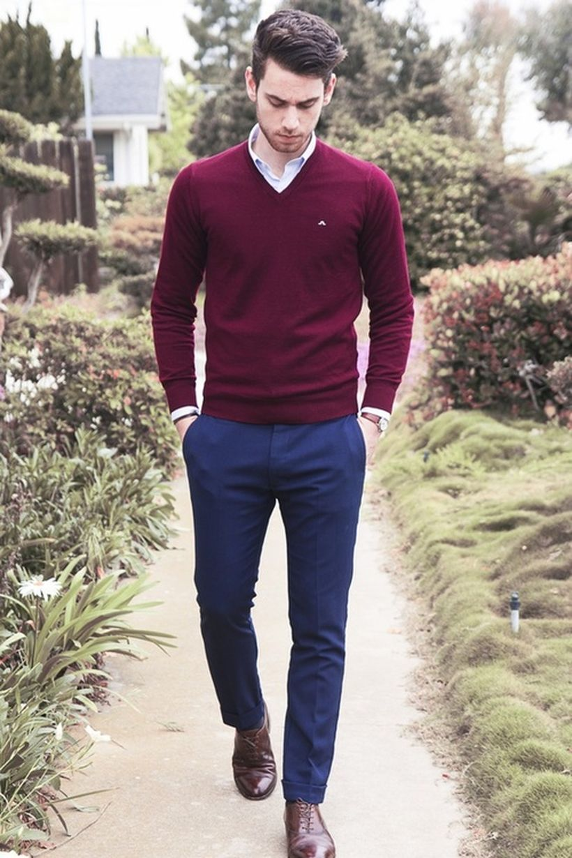 Cool men sweater outfits ideas 38