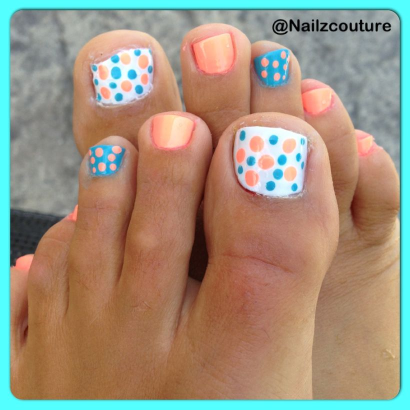Cool summer pedicure nail art ideas 45