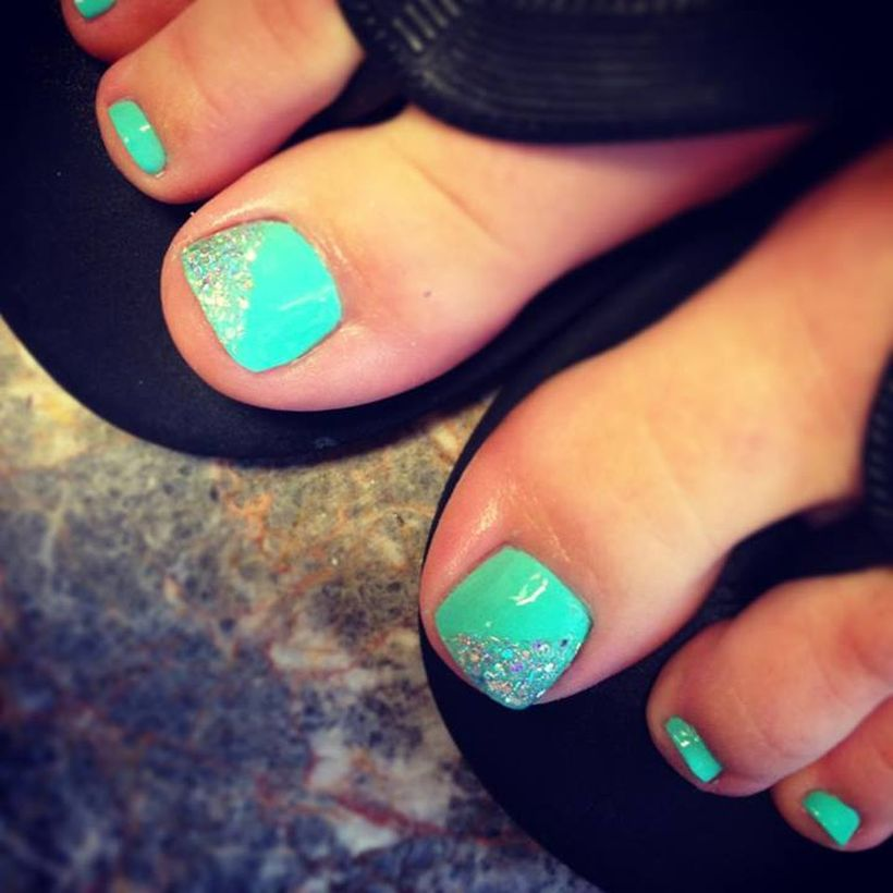 Cool summer pedicure nail art ideas 74
