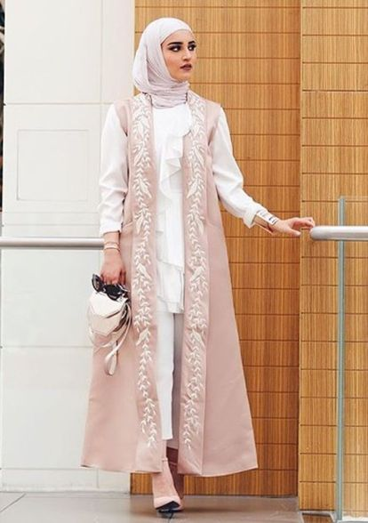 Elegant muslim outift ideas for eid mubarak 57