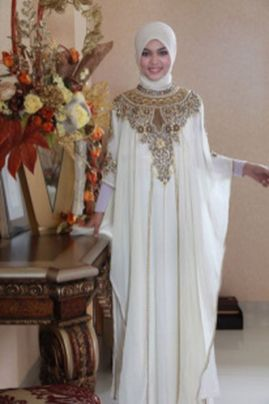 Elegant muslim outift ideas for eid mubarak 74