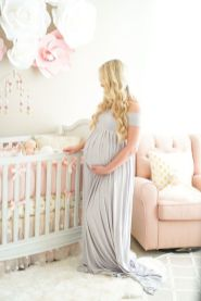 Fashionable maternity fashions outfits ideas 131