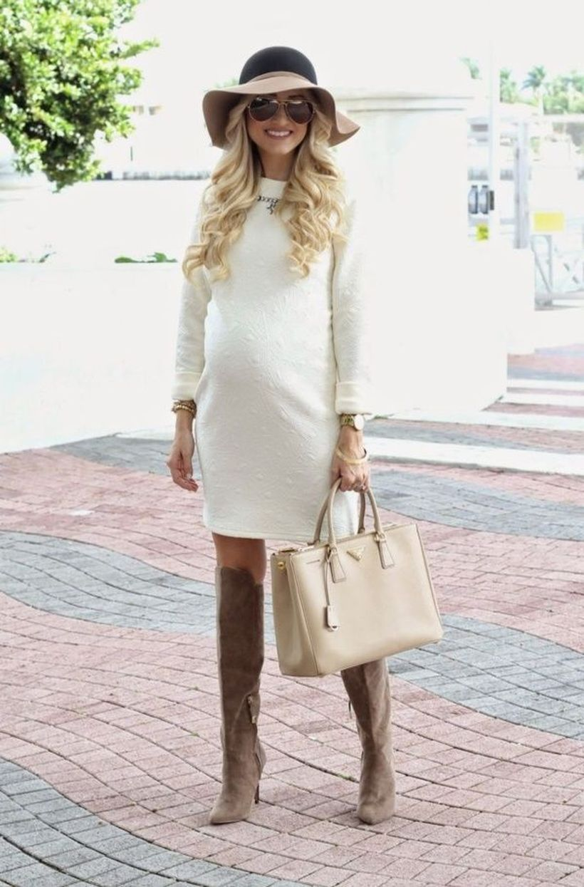 Fashionable maternity fashions outfits ideas 31