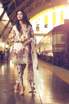 Fashionable muslim pakistani outfits 6