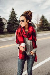 Fashionable scraves accessories ideas for cold weather 6