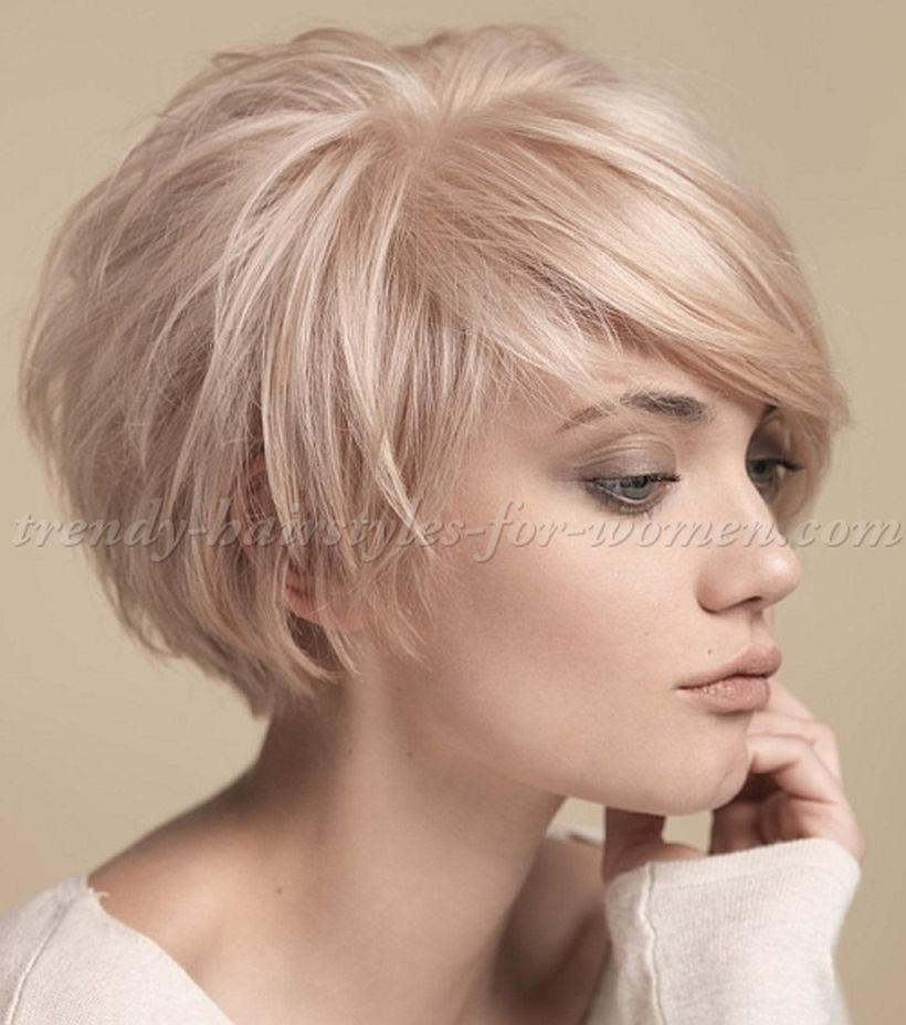 Funky short pixie haircut with long bangs ideas 40
