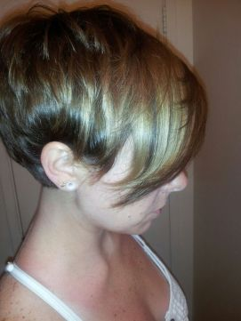 Funky short pixie haircut with long bangs ideas 62
