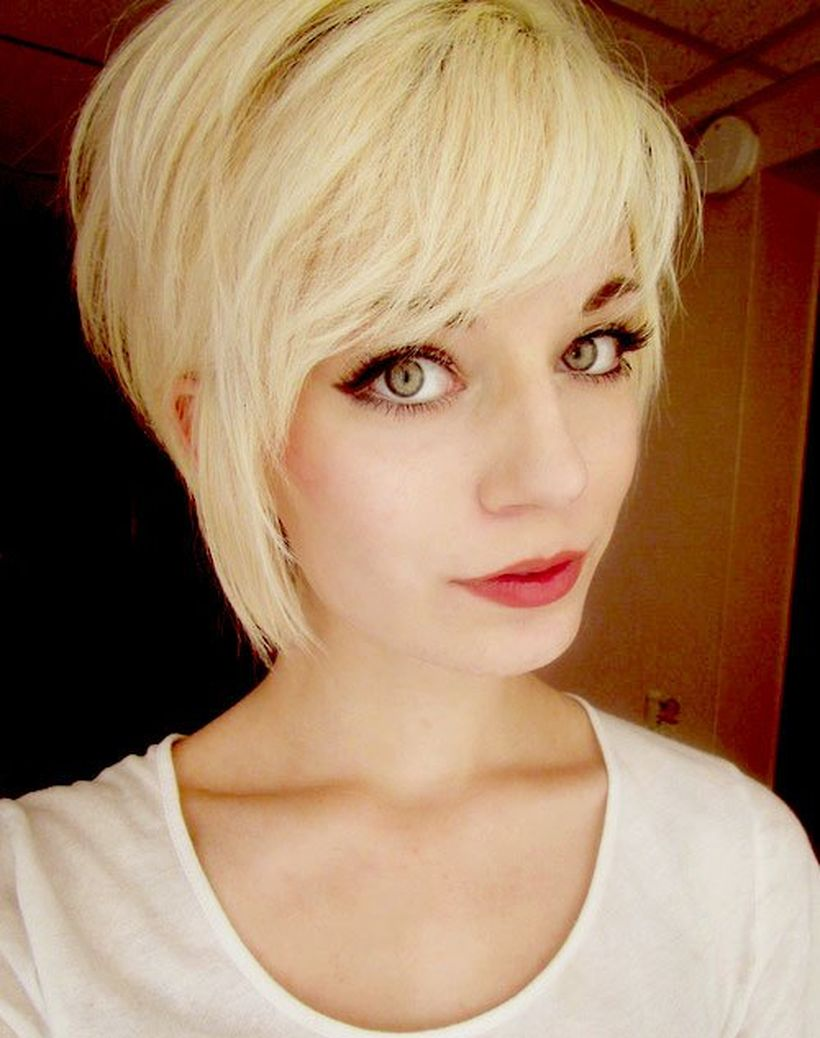 Funky short pixie haircut with long bangs ideas 79