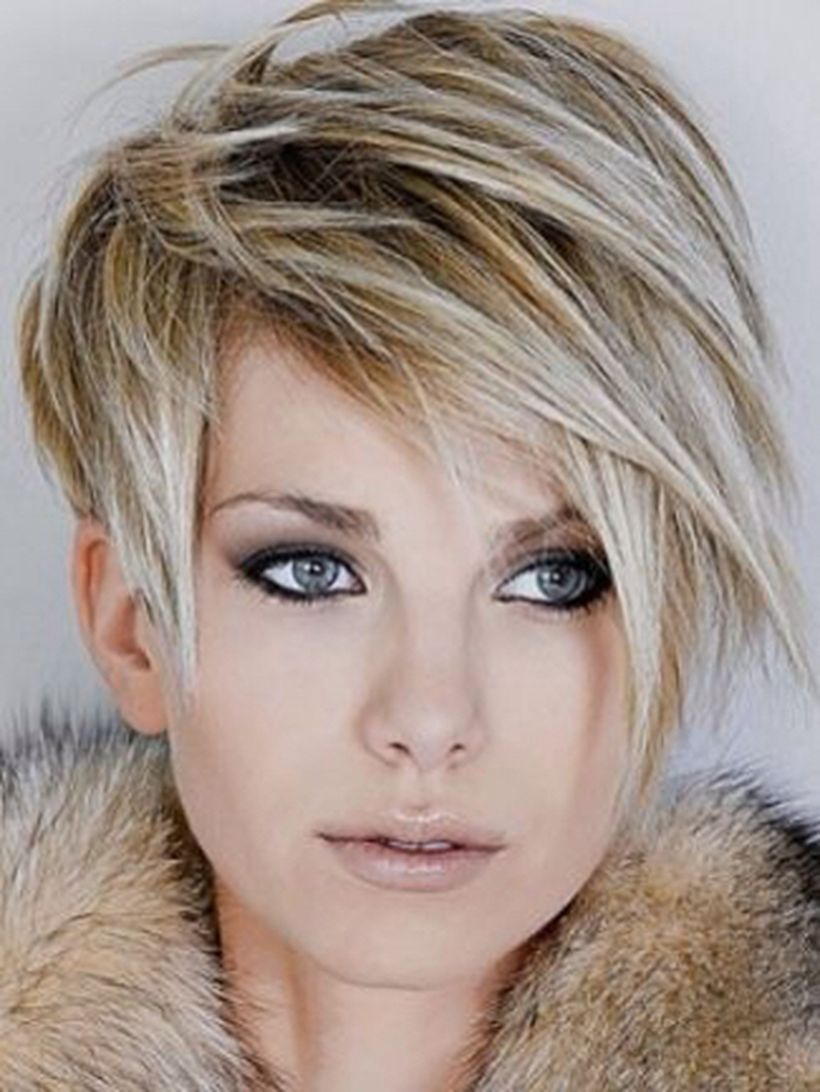 Funky short pixie haircut with long bangs ideas 80