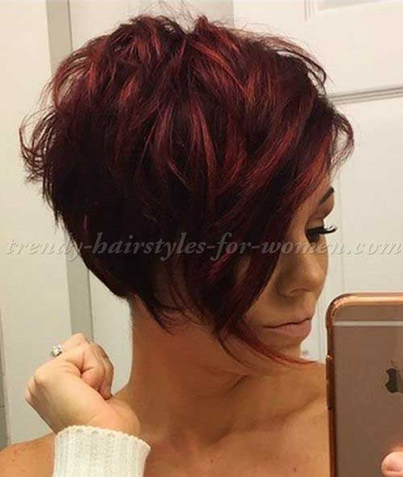 Funky short pixie haircut with long bangs ideas 87