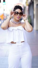 Gorgeous white two piece outfits ideas 4