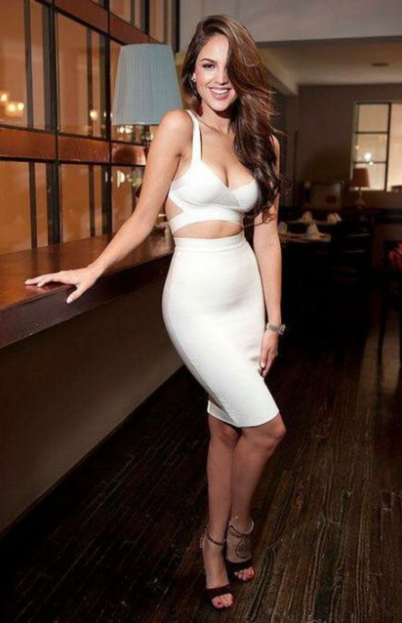 Gorgeous white two piece outfits ideas 55