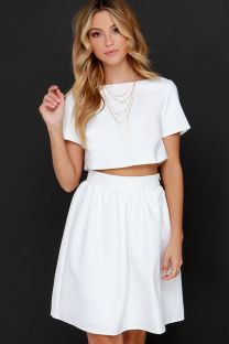 Gorgeous white two piece outfits ideas 63