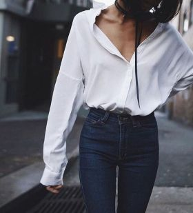 Oversized white shirt with jeans outfits ideas 11