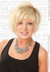 Perfect short pixie haircut hairstyle for plus size 31