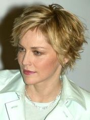 Perfect short pixie haircut hairstyle for plus size 32