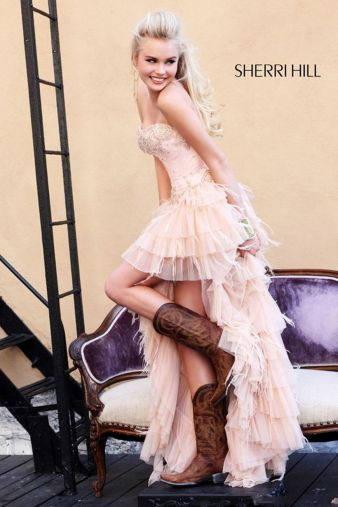 Vintage wedding outfit with country boots 10