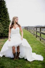 Vintage wedding outfit with country boots 45