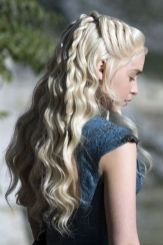Amazing khaleesi game of thrones hairstyle ideas 26