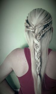 Amazing khaleesi game of thrones hairstyle ideas 6