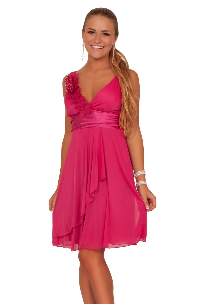 Awesome teens short dresses ideas for graduation outfits 195