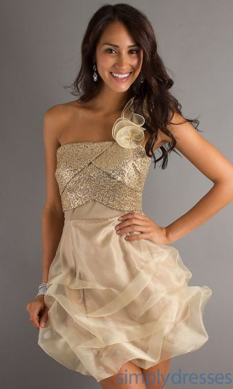 Awesome teens short dresses ideas for graduation outfits 219