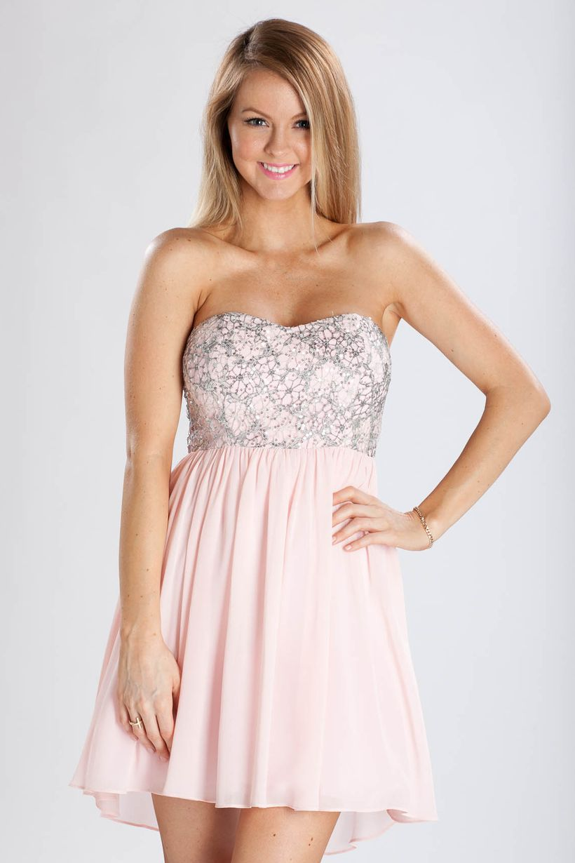 Awesome teens short dresses ideas for graduation outfits 220