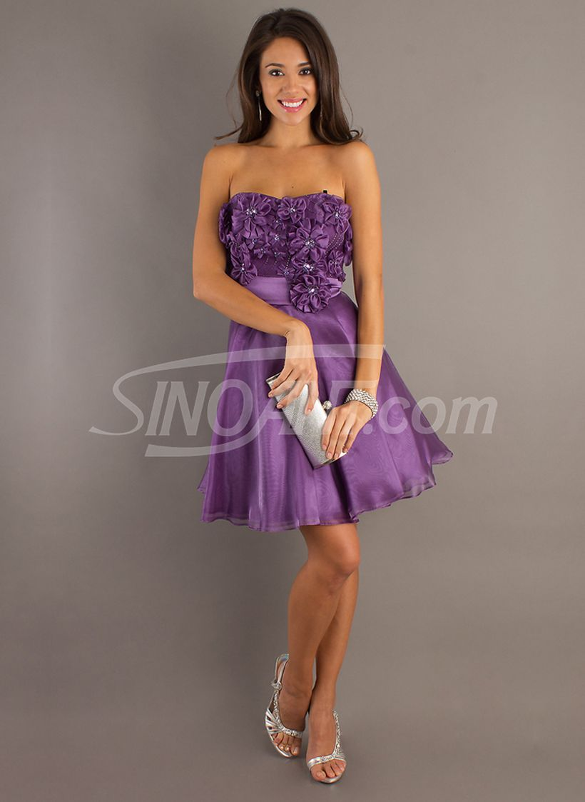 Awesome teens short dresses ideas for graduation outfits 80
