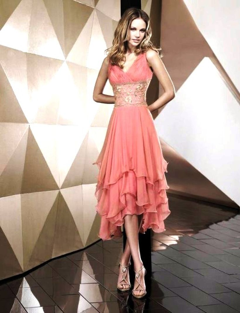 Awesome teens short dresses ideas for graduation outfits 9