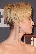 Cool short pixie blonde hairstyle ideas 111