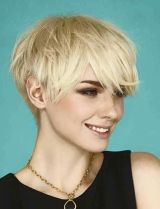Cool short pixie blonde hairstyle ideas 112