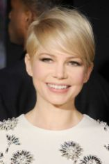 Cool short pixie blonde hairstyle ideas 12