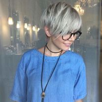 Cool short pixie blonde hairstyle ideas 146