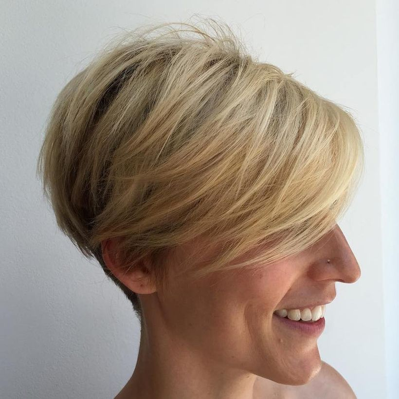 Cool short pixie blonde hairstyle ideas 20