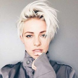 Cool short pixie blonde hairstyle ideas 22