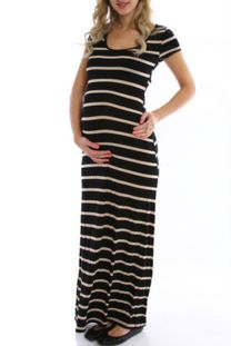 Fashionable maternity outfits ideas for summer and spring 114