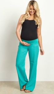 Fashionable maternity outfits ideas for summer and spring 65