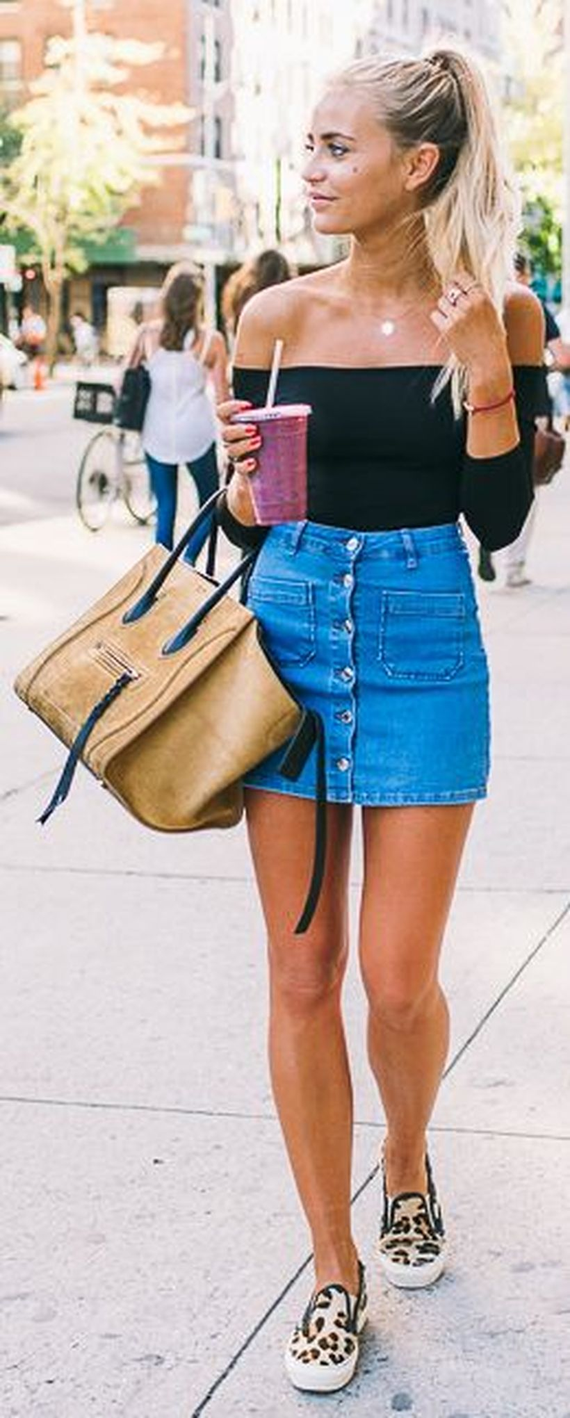 Fashionable skirt outfits ideas that you must try 20