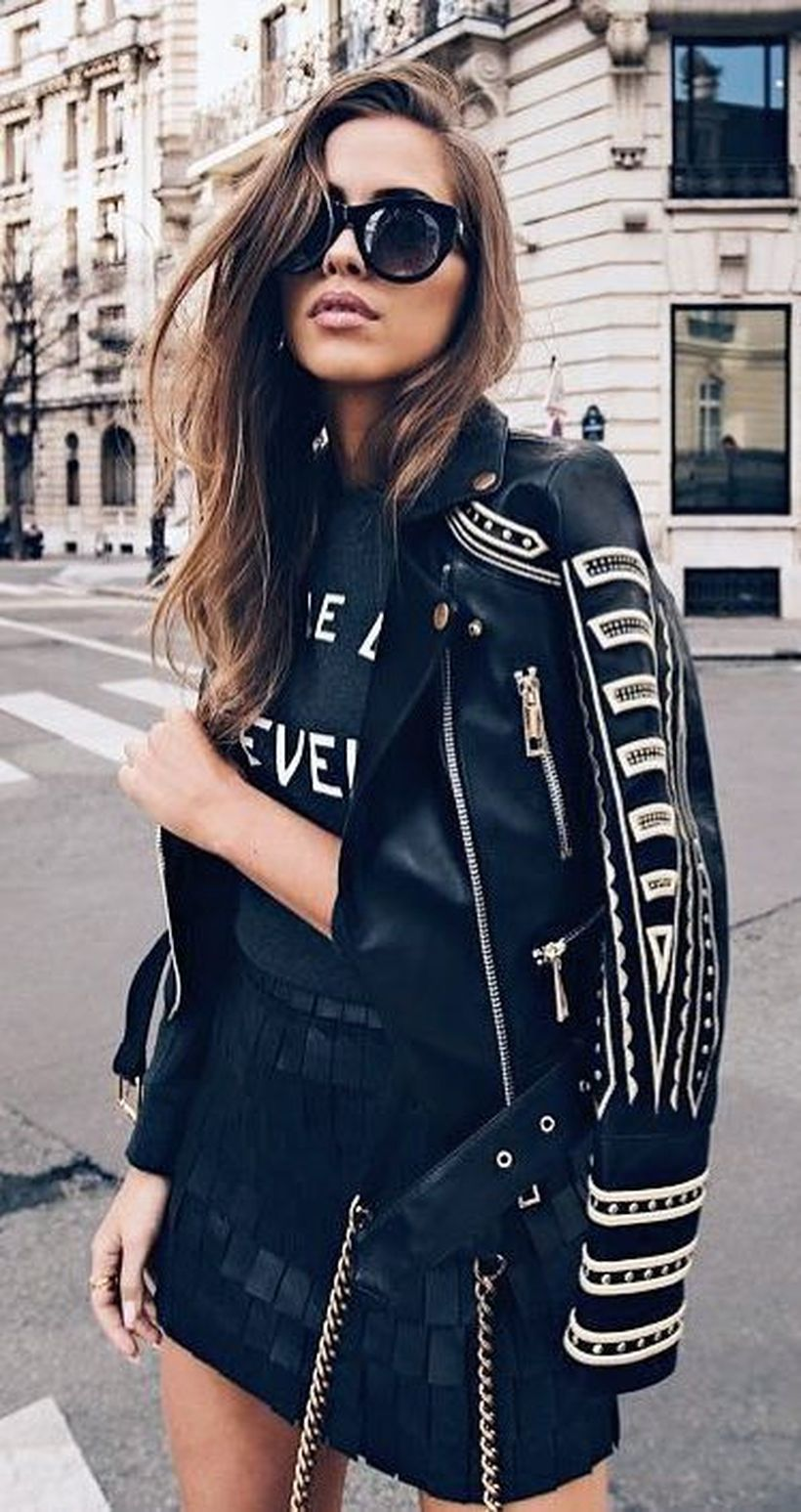 Fashionable skirt outfits ideas that you must try 22